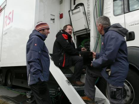 Die Mitarbeiter des Tessiner Fernsehen RSI sorgen seit 1999 für fantastische Fernseh-bilder von den beiden Weltcup-Skispringen in Engelberg.