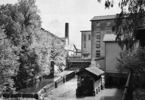 Industriespionage im Glarnerland: geführte Rundgänge durch zehn Fabriken